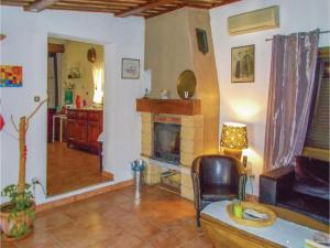 Four-Bedroom Holiday Home in Aubignan, Dovolenkové domy  Aubignan - big - 6