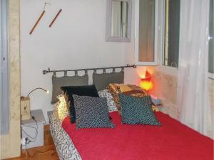 Four-Bedroom Holiday Home in Aubignan, Дома для отпуска  Обиньян - big - 3
