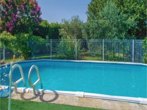 Four-Bedroom Holiday Home in Aubignan, Дома для отпуска  Обиньян - big - 13