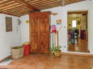 Four-Bedroom Holiday Home in Aubignan, Дома для отпуска  Обиньян - big - 5