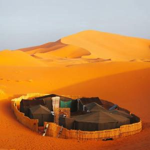 Marhaba Camp, Camel & Sandboarding, Luxury tents  Merzouga - big - 47