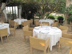 Jaddhu Ristorante Country Resort, Hotely  Arzachena - big - 55
