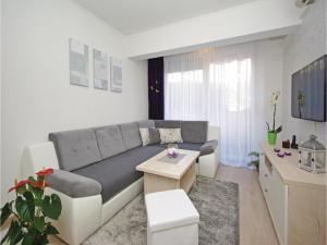 Apartment Makarska Zrinsko Frankopanska, Apartmanok  Makarska - big - 8