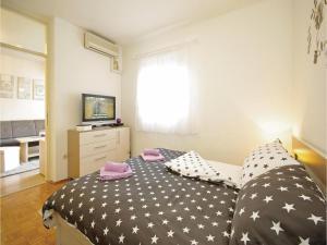 Apartment Makarska Zrinsko Frankopanska, Apartmanok  Makarska - big - 4