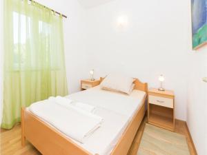 Apartment Ugljan Batalaska, Ferienwohnungen  Ugljan - big - 6
