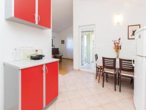 Apartment Ugljan Batalaska, Ferienwohnungen  Ugljan - big - 18