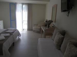 Alkyoni Beach Hotel, Hotely  Naxos Chora - big - 22