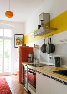Astonishing Apartment in Prenzlauer Berg, Appartamenti  Berlino - big - 25