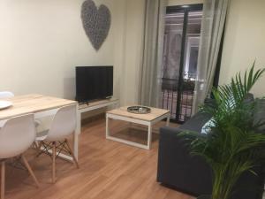 Ahro Suites, Apartmanok  Málaga - big - 61