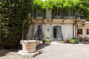 Palazzo Fracastoro - AbcAlberghi.com