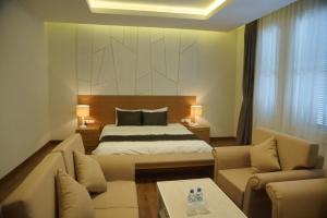 Hung Vuong Hotel, Hotel  Hanoi - big - 19