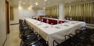Hotel Suyash Deluxe, Hotels  Pune - big - 18