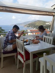 Courtyard, Hotels  Kalkan - big - 59