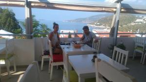 Courtyard, Hotels  Kalkan - big - 58