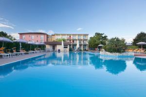 Hotel Bella Lazise - AbcAlberghi.com