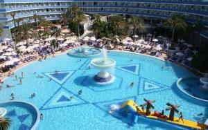 Mediterranean Palace Hotel (2 of 26)