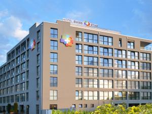 Hotel Swiss Star