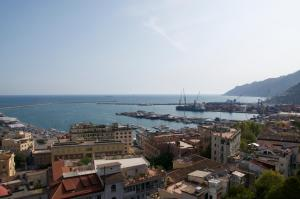 Domina Fluctuum - Penthouse in Salerno Amalfi Coast, Apartments  Salerno - big - 11