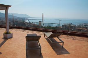 Domina Fluctuum - Penthouse in Salerno Amalfi Coast, Apartments  Salerno - big - 16