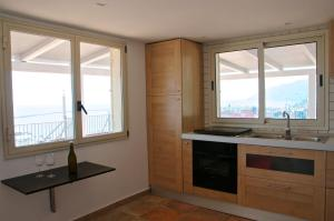 Domina Fluctuum - Penthouse in Salerno Amalfi Coast, Apartments  Salerno - big - 27