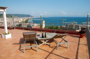 Domina Fluctuum - Penthouse in Salerno Amalfi Coast, Apartments  Salerno - big - 1