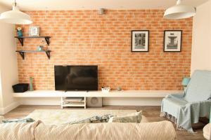 Smartline Apartment, Apartmanok  Jászvásár - big - 1
