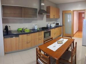 Apartamento T3-S.PedroII, Apartmanok  Ponta Delgada - big - 2