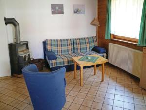 Holiday Home Mitwitz with a Fireplace 01