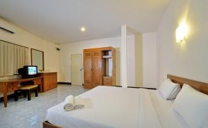 Krabi Grand Place Hotel, Hotels  Krabi town - big - 9