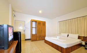 Krabi Grand Place Hotel, Hotels  Krabi town - big - 26
