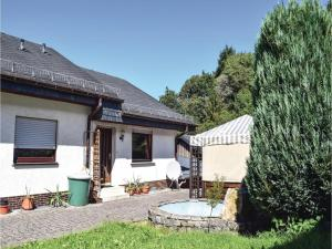 Two-Bedroom Holiday Home in Sellerich, Dovolenkové domy  Sellerich - big - 1