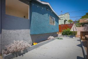 627 Robinson St Apartment Apts, Apartmanok  Los Angeles - big - 4