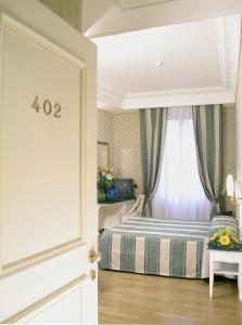 Hotel La Lumiere Di Piazza Di Spagna, Szállodák  Róma - big - 8