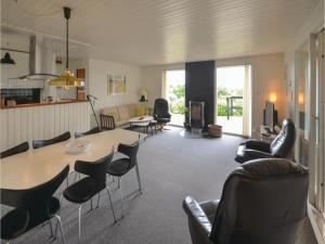 Holiday home Ranunkelvej Rønde XI, Holiday homes  Rønde - big - 14