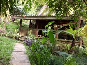 Mi Casa Ijen Guest House, Penzióny  Licin - big - 35