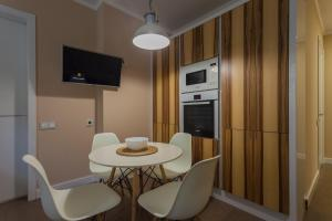 Contemporary Apartment on Kazanskaya, Apartments  Saint Petersburg - big - 11