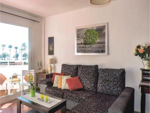 Two-Bedroom Apartment in Nerja, Apartmány  Nerja - big - 8