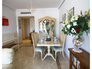 Apartment Calle Los Cipresses, Appartamenti  Marbella - big - 9
