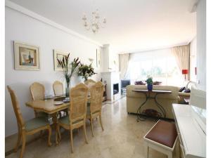Apartment Calle Los Cipresses, Appartamenti  Marbella - big - 8