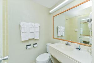 Americas Best Value Inn Sarasota, Motels  Sarasota - big - 15