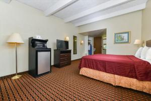 Americas Best Value Inn Sarasota, Motels  Sarasota - big - 10