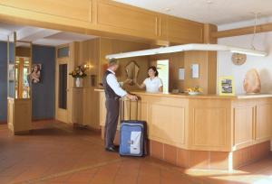 AKZENT Hotel Haus Sonnenberg, Hotely  Schotten - big - 23