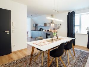 Die Gönothek - Ferienwohnungen, Apartments  Iphofen - big - 44
