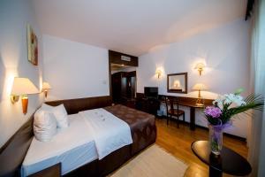 Best Western Central Hotel, Hotels  Arad - big - 2