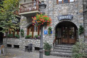 Hotel Ciria, Отели  Бенаске - big - 79