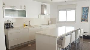 Penthouse Familial- Jacuzzi - La Palmeraie, Апартаменты  Эйлат - big - 35