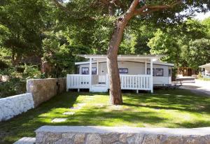 Akti Oneirou Camping and Bungalows, Luxury tents  Vourvourou - big - 24
