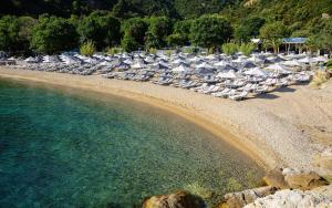Akti Oneirou Camping and Bungalows, Luxury tents  Vourvourou - big - 35