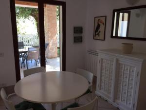 Villa Bagnaia, Villas  Sant'Anna - big - 1