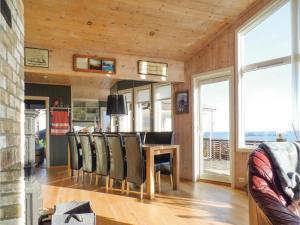 Three-Bedroom Holiday Home in Sogne, Nyaralók  Søgne - big - 12